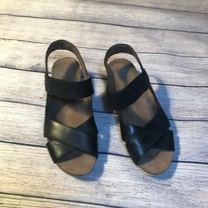 Dansko Black Sandals Size 38